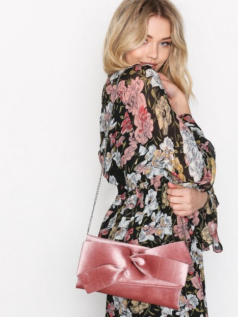 NLY Accessories Velvet Clutch Kuvertväskor Rosa