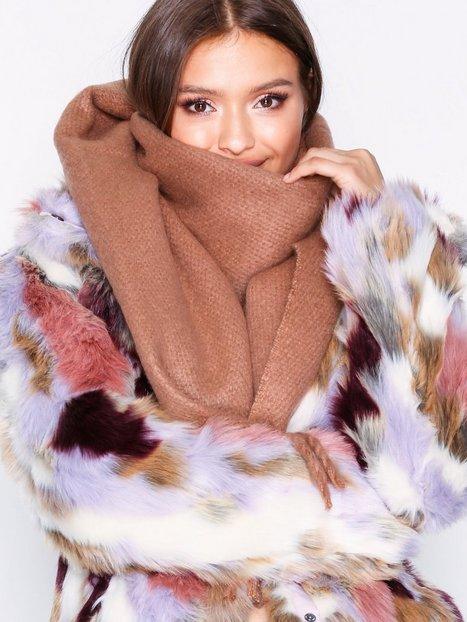 Billede af NLY Accessories Big Brushed Scarf Tørklæder Rosa/Lyserød