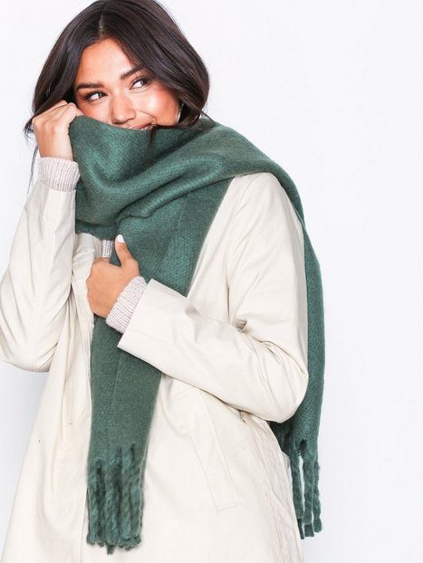 Billede af NLY Accessories Big Brushed Scarf Tørklæder Grøn