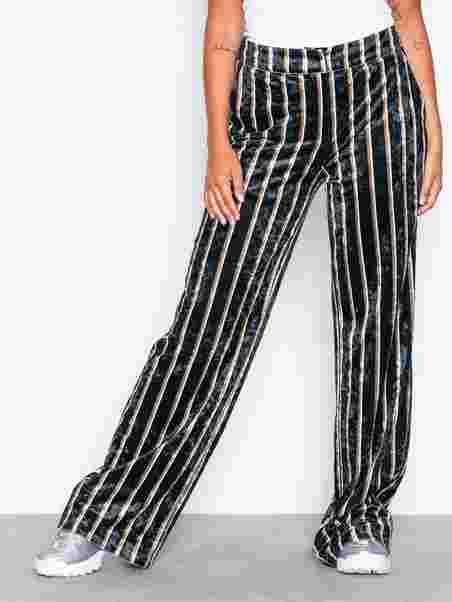 Shoppa Straight Velvet Pants - Online Hos Nelly.com aff9279926f43