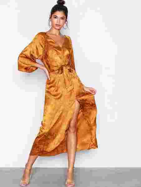 Long Jacquard Dress - Nly Trend - Ruosteenruskea - Juhlamekot ... 9b04de8e96