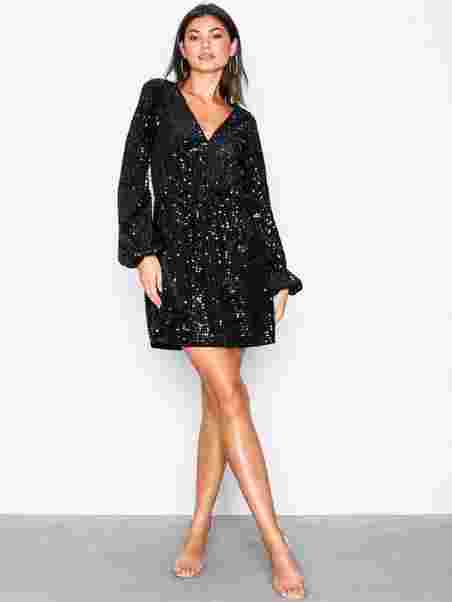 f17d98aacf7 Perfect Velvet Sequins Dress - Nly Trend - Black - Party Dresses ...