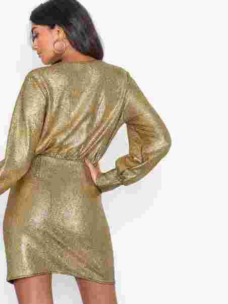 a380fb085403 Shoppa Draped Lamé Dress - Online Hos Nelly.com