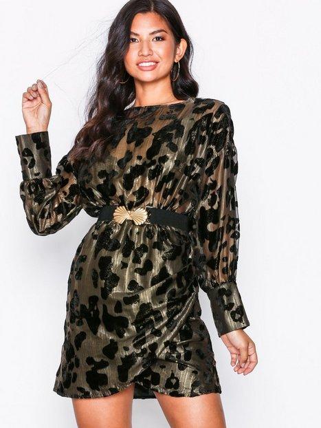 Billede af NLY Trend Draped Belted Dress Loose fit