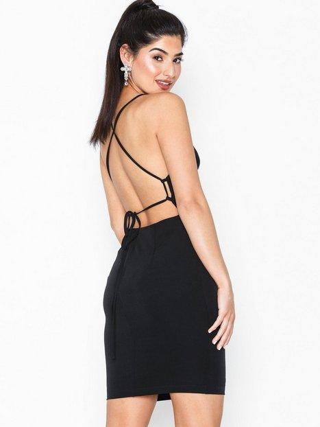 Billede af NLY One 90's Strap Dress Skater kjoler
