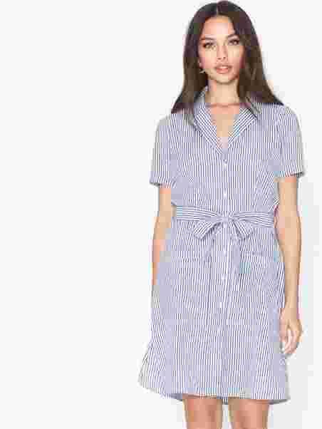 Shop Nly Trend Seersucker Shirt Dress Dresses Nelly Com