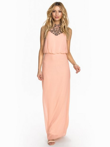 Embroidered Neck Maxi - Miss Selfridge - Pink - Partykleider ...