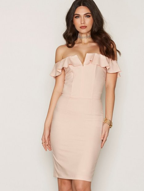 Ruffle Bandeau Midi Dress - Miss Selfridge - Pink - Partykleider ...