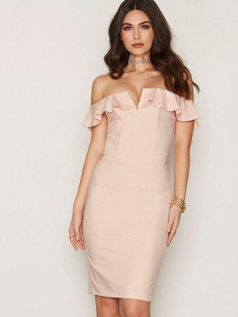 Billede af Miss Selfridge Ruffle Bandeau Midi Dress Kropsnære kjoler Pink