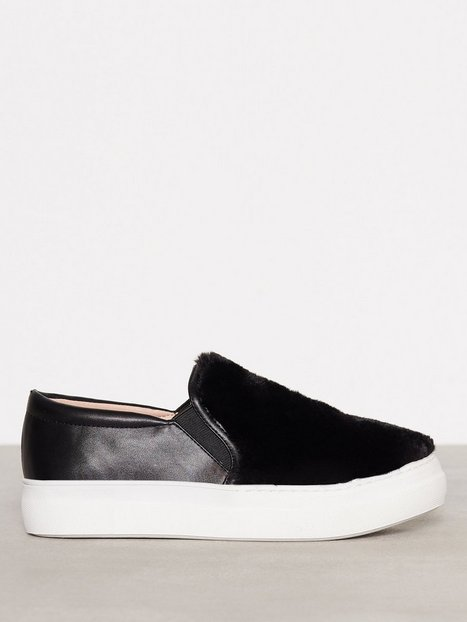 Topshop Faux Fur Slip On Sneaker Slip-On Black thumbnail