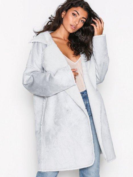 Billede af NLY Trend Cozy Shearling Coat Jakker Lyse Blå
