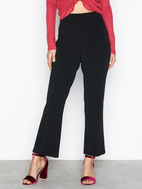NLY Trend Perfect Day Pants Byxor Svart thumbnail