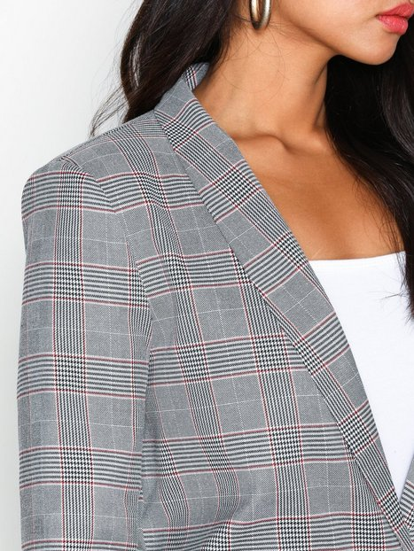 The It Blazer