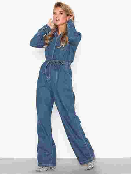 abb6cb051724 Denim Boiler Suit - Nly Trend - Blue Wash - Jumpsuits - Vaatteet ...