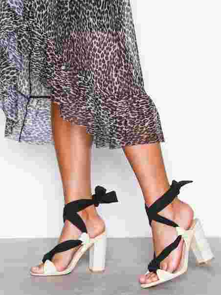 a5da7e3d280 Knot Lace Up Sandal - Nly Shoes - Offwhite Black - Heels - Shoes ...