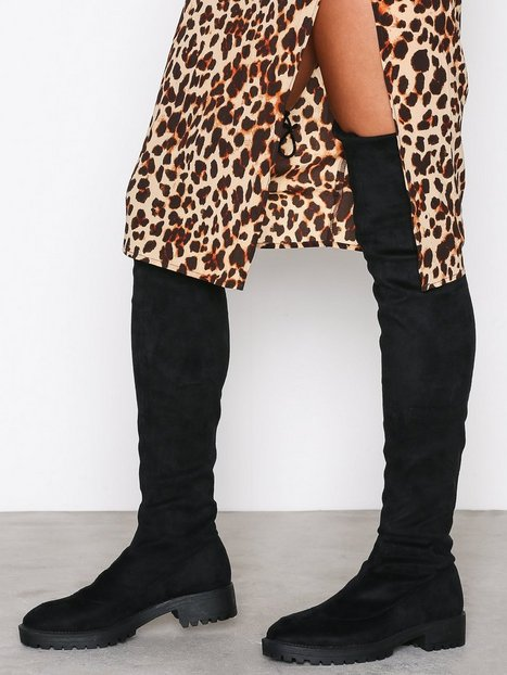 NLY Shoes Chunky Flat Thigh High Boot Flat Musta thumbnail