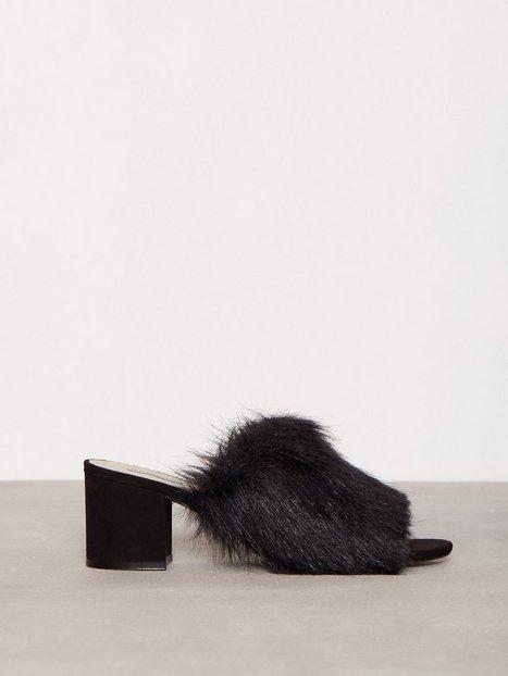 Billede af NLY Shoes Faux Fur Mule Low Heel Sort