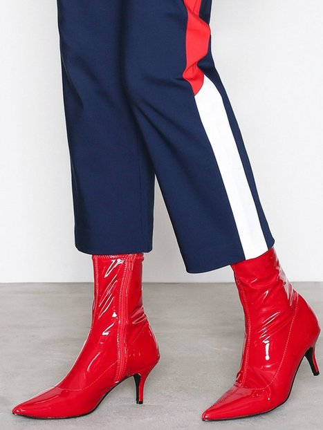 Stretchy Boot