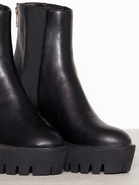 Chunky Zip Boot
