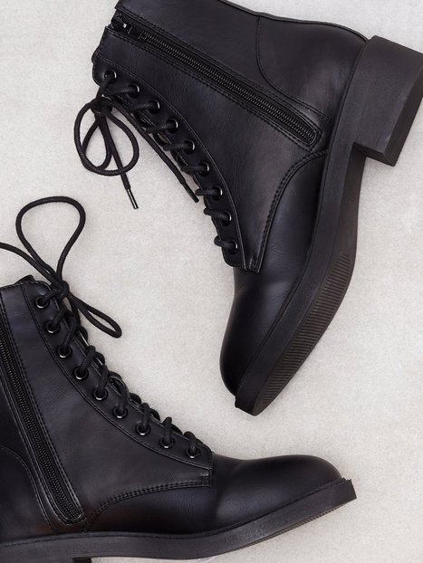 Lace Up Flat Boot