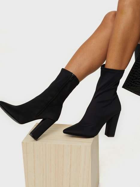 Pointy Stretchy Boot
