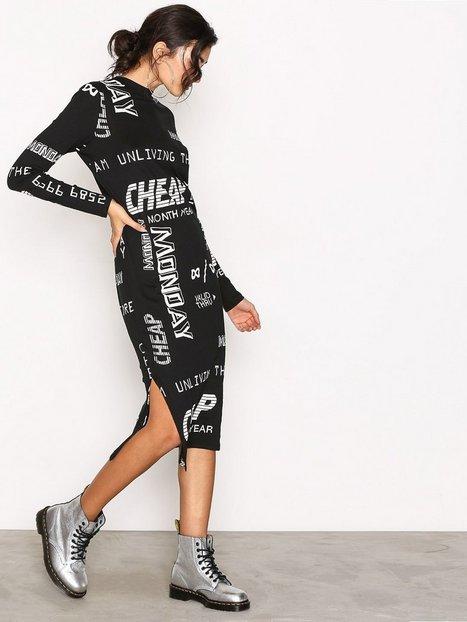 Billede af Cheap Monday Strict Long Dress Langærmet kjole Black