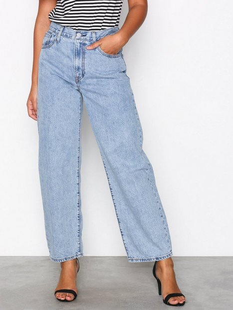 Womens Loose Fit Jeans