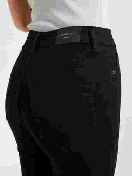 d720e49e4aa Molly High Waist Jeans - Gina Tricot - Black - Jeans - Tøj - Kvinde ...