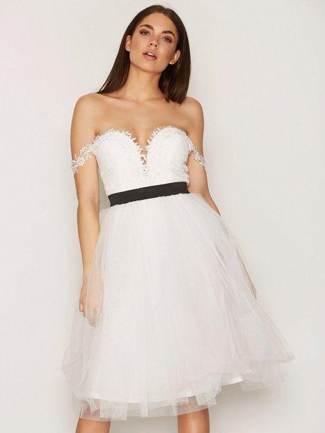 Billede af Rare London Crochet Bardot Prom Dress Skaterkjole White