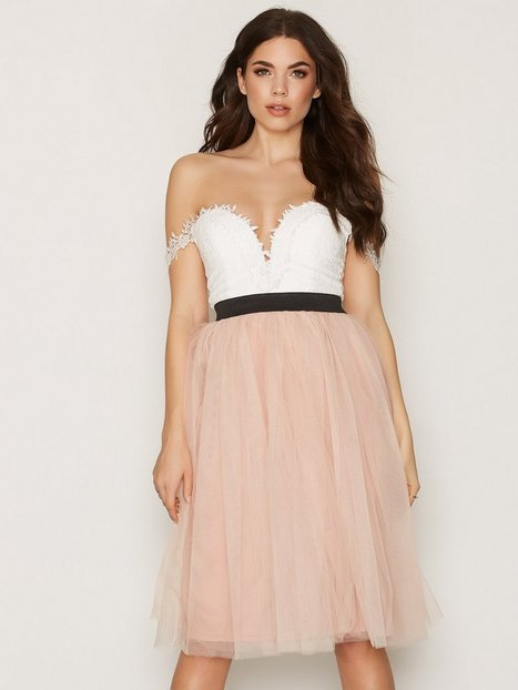 Billede af Rare London Crochet Bardot Prom Dress Skaterkjole White/Pink