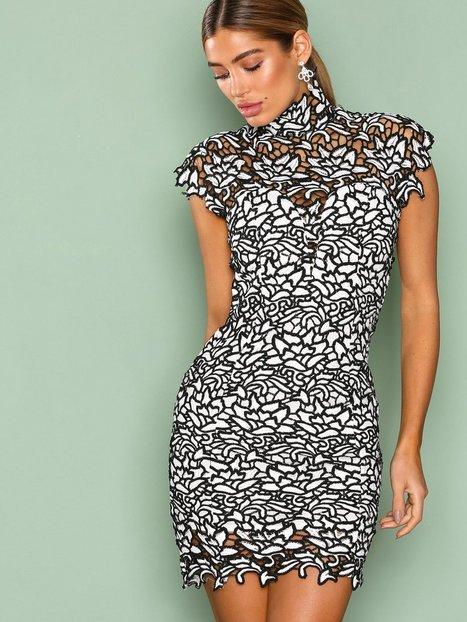 Billede af Rare London High Neck Crochet Mini Dress Kropsnære kjoler White/Black