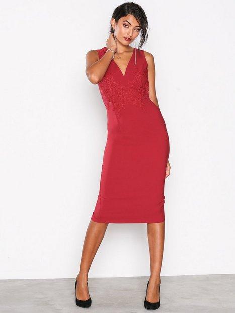 Billede af Little Mistress Lace Back Detail Dress Kropsnære kjoler Red