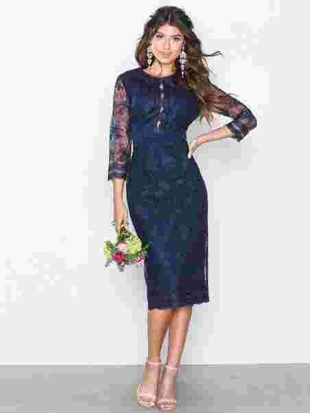 bf709686 Embroidered Midi Dress - Little Mistress - Navy - Festkjoler - Klær ...