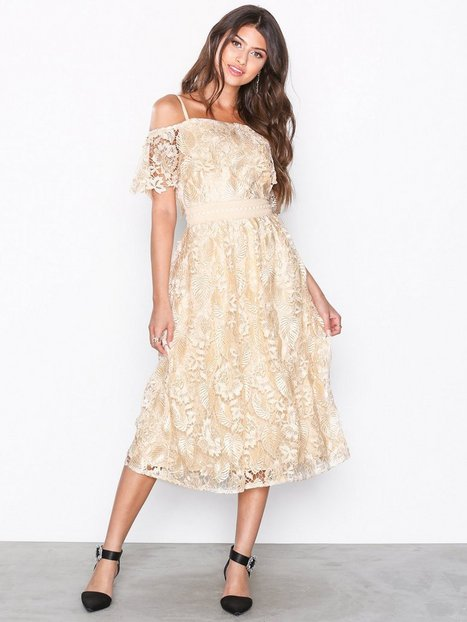 Billede af Little Mistress Cold Shoulder Lace Dress Skater kjoler Beige