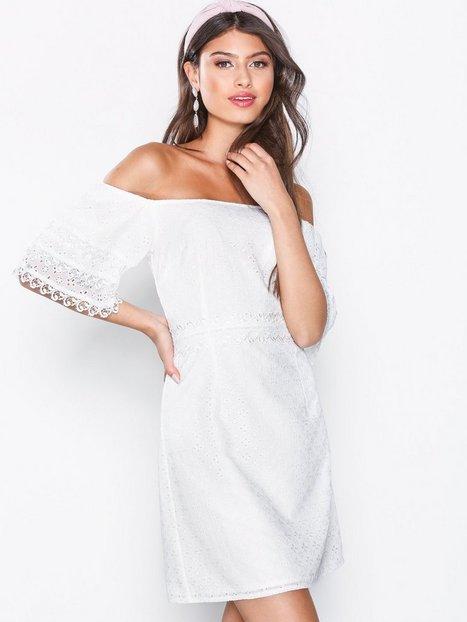 Billede af Little Mistress Lace Mini Dress Tætsiddende kjoler