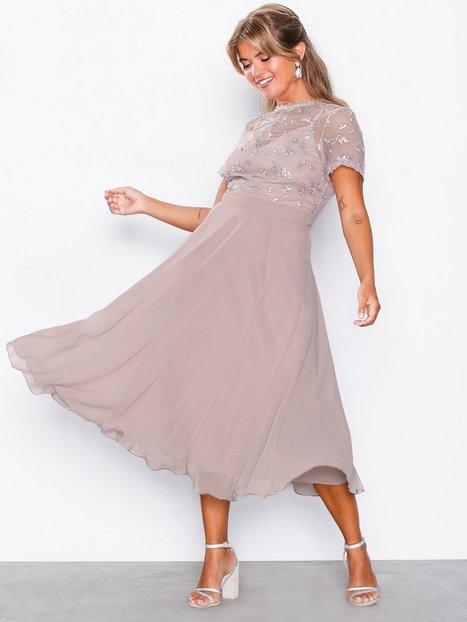 Billede af Little Mistress 3D Floral Midi Dress Kropsnære kjoler Mink