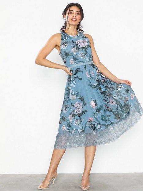ffc23663 Billede af Little Mistress Midi Lace Trim Dress Skater kjoler