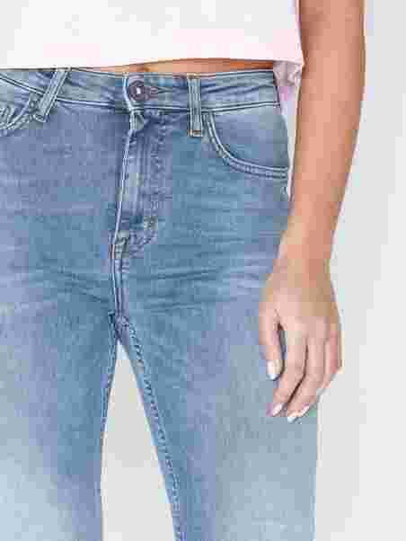 881fd7fd Shelly W66891002 - Tiger Of Sweden Jeans - Light Blue - Jeans ...
