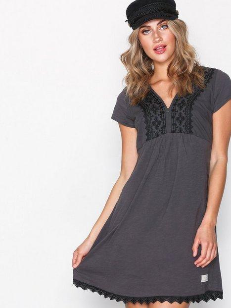 Billede af Odd Molly Get-A-Way Dress Loose fit dresses Asphalt