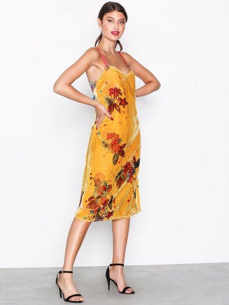Billede af Odd Molly ChiChi Dress Loose fit dresses Honning