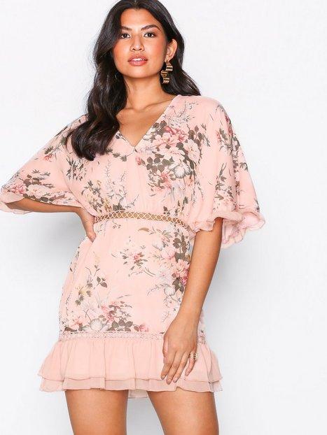 Billede af Parisian Frill Sleeve Dress Skater kjoler Pink