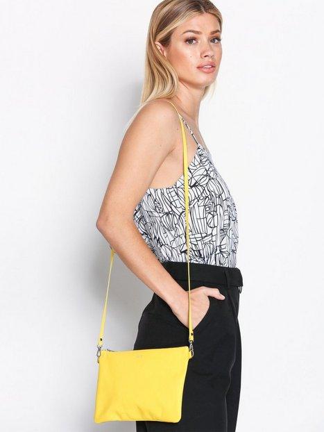 Billede af Dagmar Leather Strap Bag Håndtaske Gul