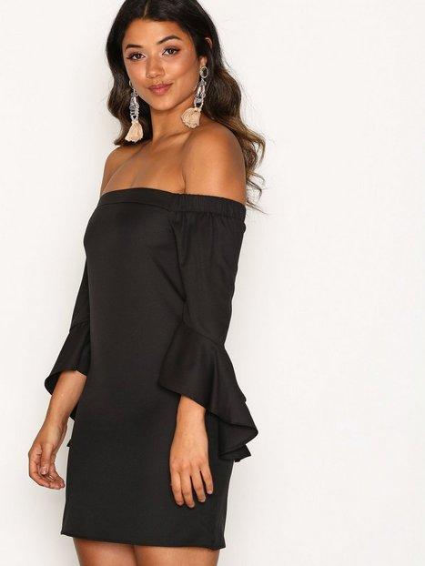 Billede af Missguided Bardot Frill Sleeve Shift Dress Loose fit Black
