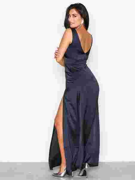 Plunge Double Split Maxi Dress. Missguided 5c8a7b6b5