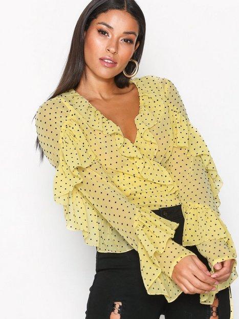 Billede af Missguided Chiffon Polka Dot Top Bluser & Skjorter Yellow