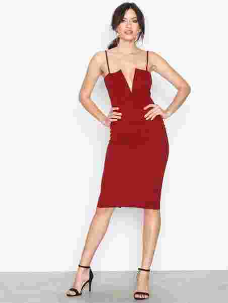 7963b6e959c8 Strappy V Bar Midi Dress - Missguided - Burgundy - Dresses ...