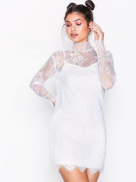 Billede af Motel Yakira Eyelash Lace Dress Loose fit White