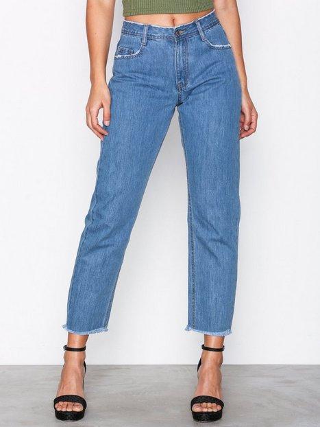 Billede af Missguided Mid Rise Clean Cut Hem Jeans Straight Vintage Blue Denim