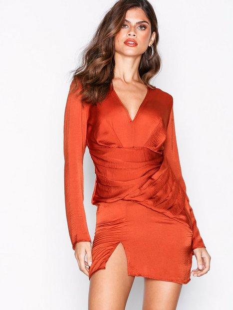 Billede af Missguided Silky Long Sleeve Panelled Dress Skater kjoler Orange