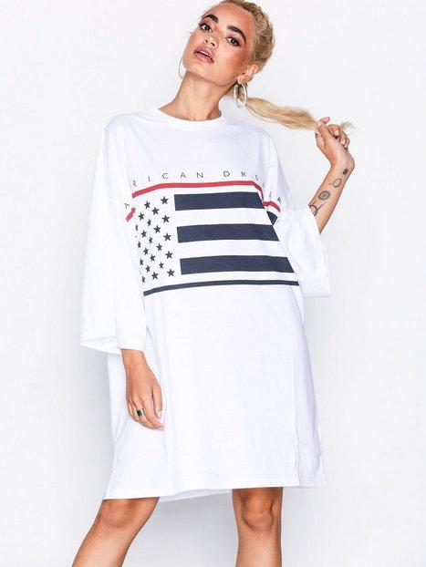 Billede af Missguided American Flag Oversized T-shirt Dress Loose fit dresses White